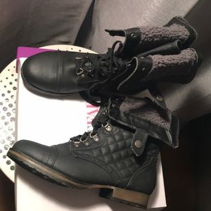 These are nice boots from JustFab! Never been worn